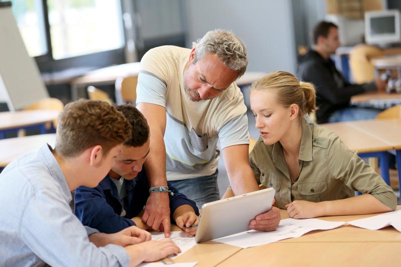 Ecoles de commerce   comment bien choisir   La Voix des Parents c2b3fa73ba07